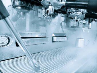 Vaporizador de la maquina espresso abierto